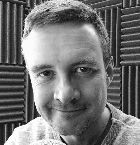 british-voiceover-artist-adrian-great-british-voices