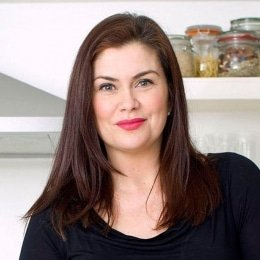 Amanda-Lamb-property-presenter-speaker-host-at-Great-British-Speakers