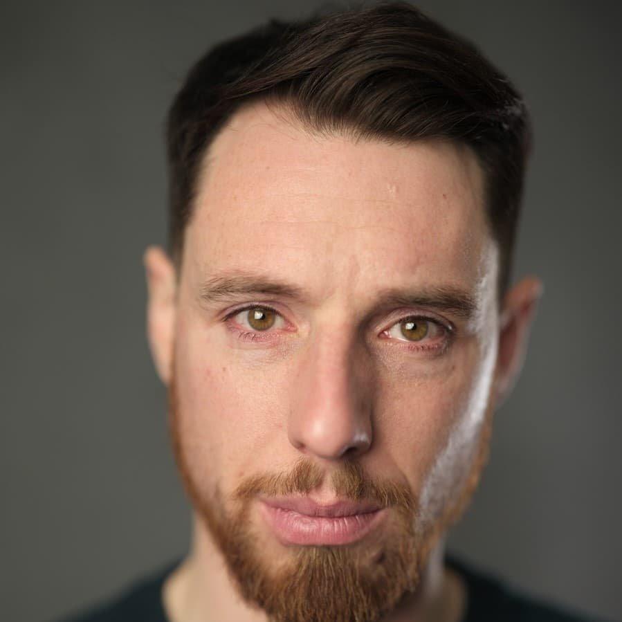 hire-christopher-british-voiceover-artist-great-british-voices