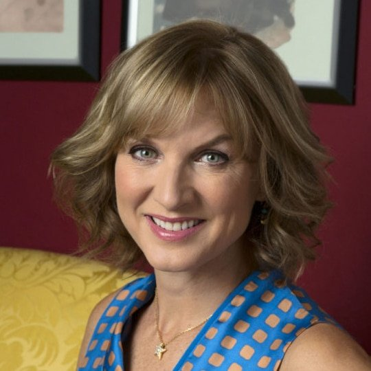 Fiona-Bruce-News-Broadcaster-host-compere-at-Great-British-Speakers