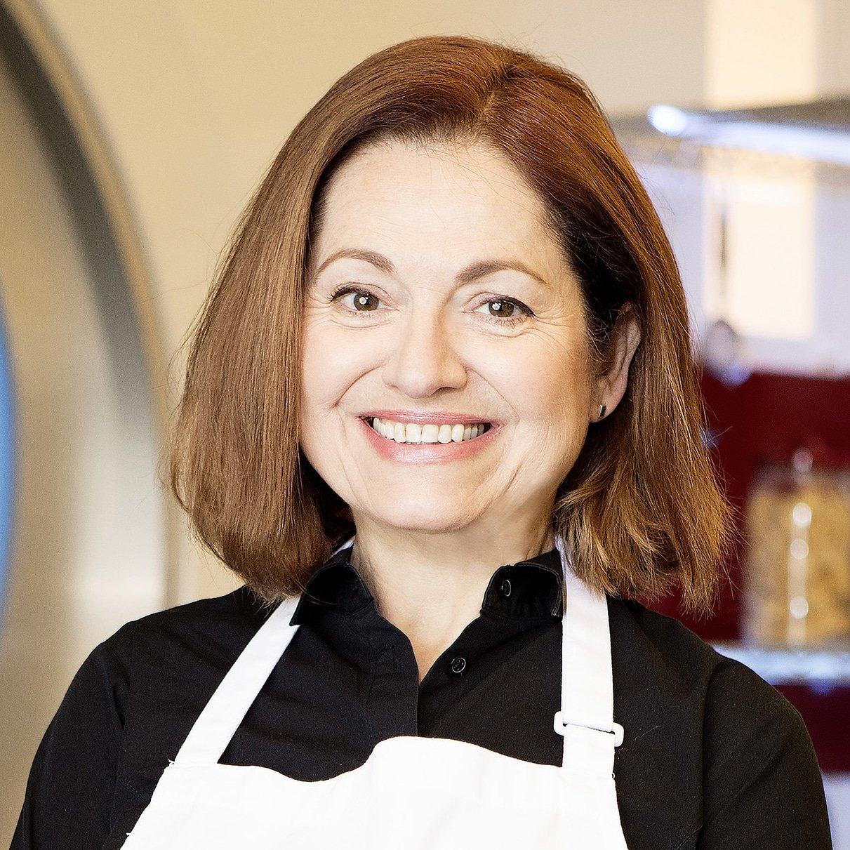 Irini-Tzo-Greek-Chef-Cook-at-Great-British-Speakers