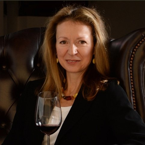 Joanna-Simon-wine-critic-writer-awards-host-judge-speaker-at-Great-British-Speakers