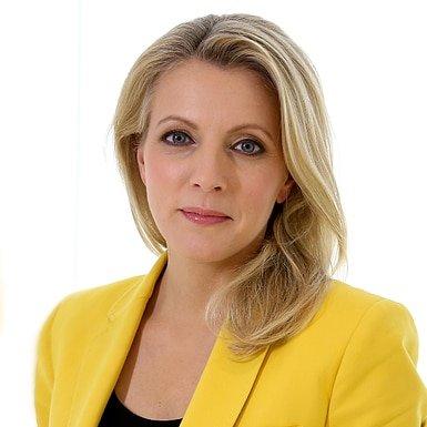 Julie-MacDonald-Scottish-Al-Jezeera-news-anchor-journalist-live-host-moderator-at-Great-British-Speakers