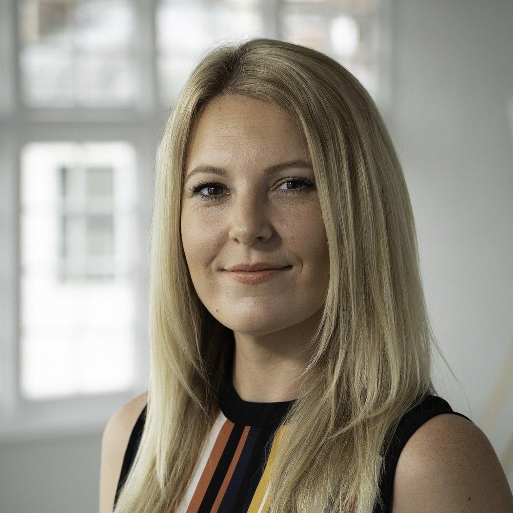 Kizzie-Nicholson-social-media-speaker-trainer-consultant-at-Great-British-Speakers
