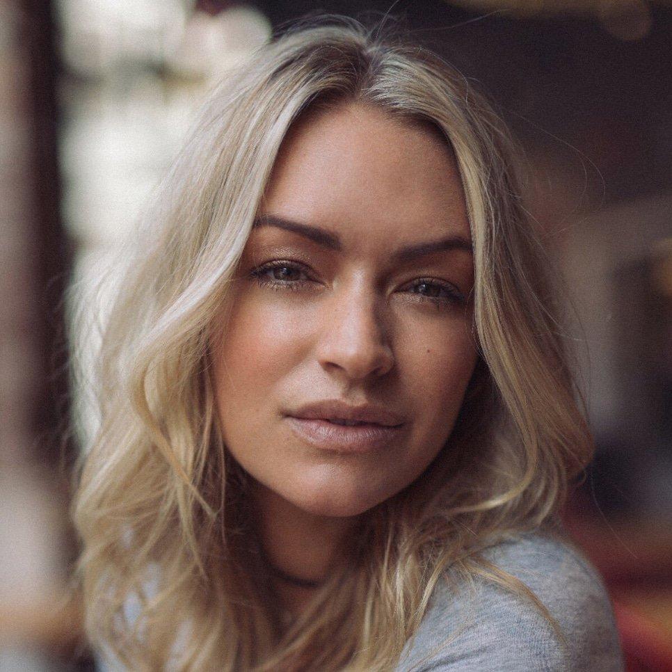 Laura-Woods-Sports-Host-Presenter-at-Great-British-Speakers