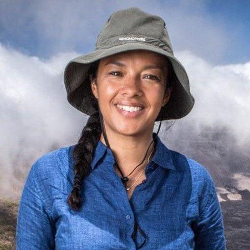 Liz-Bonnin-Biochemist-wild-animal-biologist-TV-presenter-Speaker-at-Great-British-Speakers