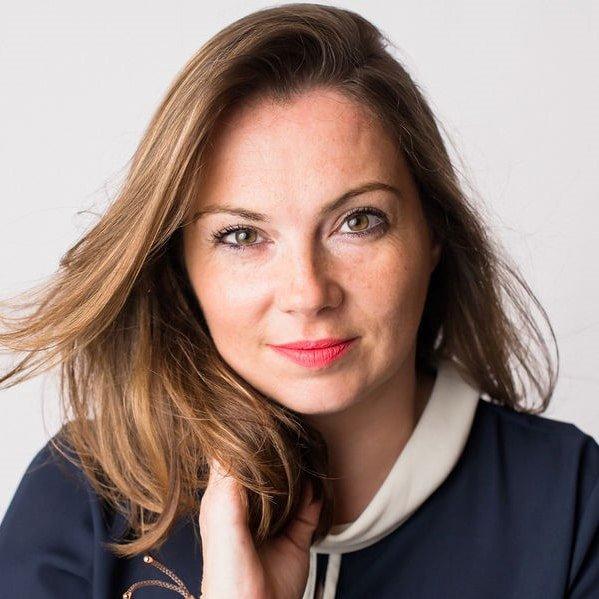 Louise-Hulland-Sony-Award-winning-journalist-documentary-maker-TV-radio-presenter-at-Great-British-Speakers