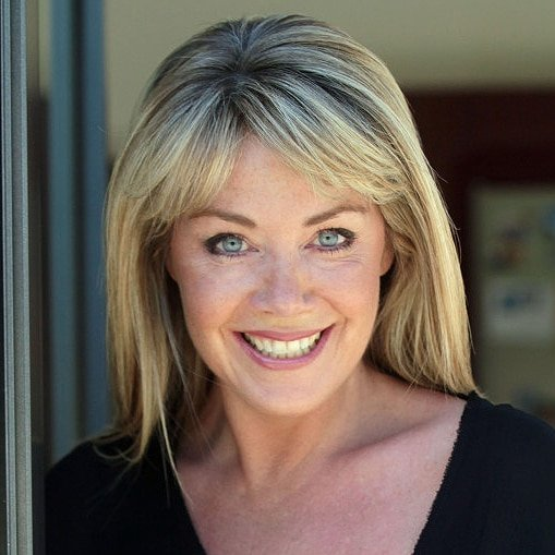 Lucy-Alexander-property-presenter-host-at-Great-British-Speakers