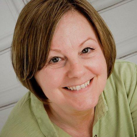 Maria-womens-Motoring-car-automotive-Writer-broadcaster-speaker-host-McCarthy-at-Great-British-Speakers