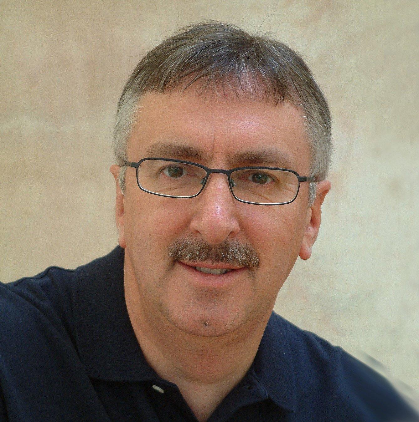 Paul_Sloane_at_Great_British_Speakers