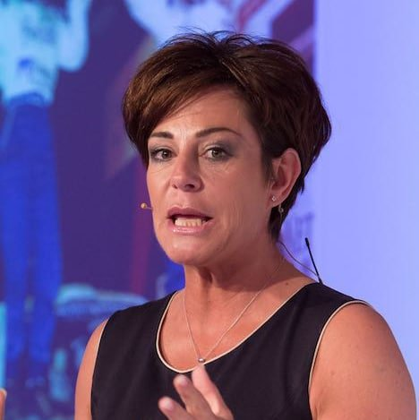 Penny-Mallory-expert-Keynote-Speaker-Psychological-Performance-Coach-former-female-rally-car-champion-at-Great-British-Speakers