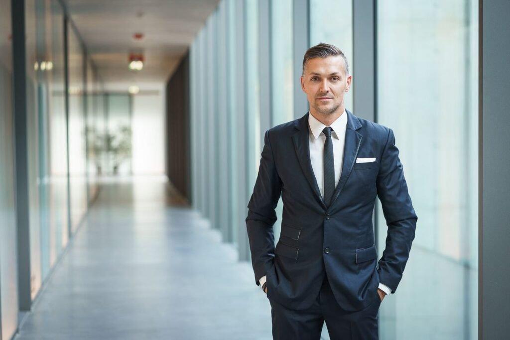 Pietro Polidori multi lingual presenter english french italian host at Great British Presenters