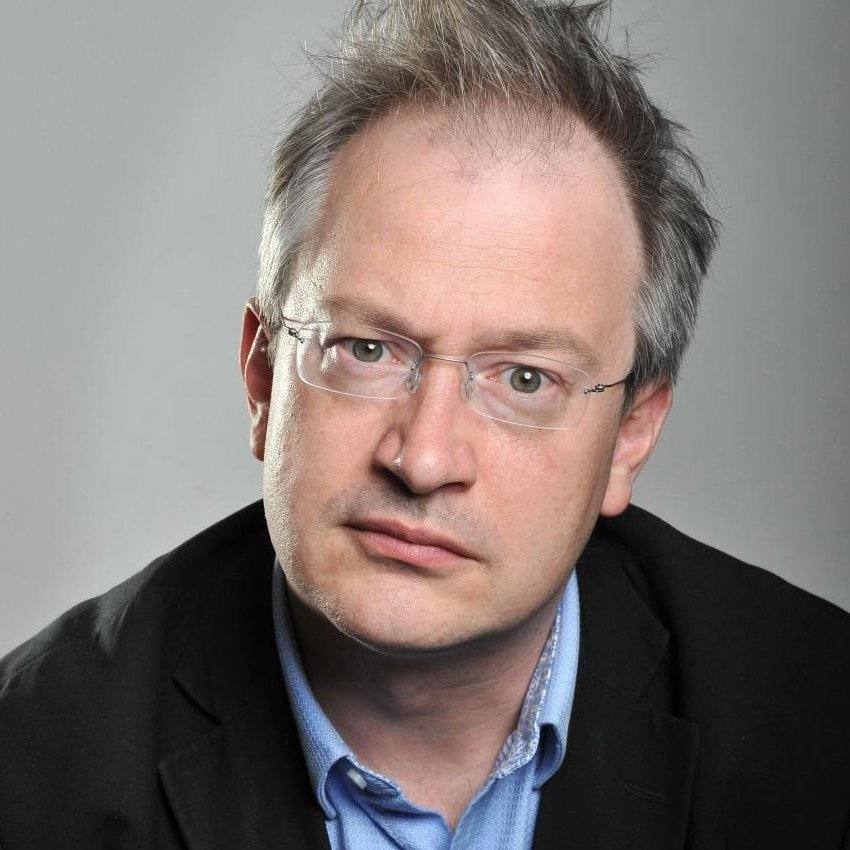 Robin-Ince-Scientific-comedian-stand-up-host-at-Great-British-Speakers