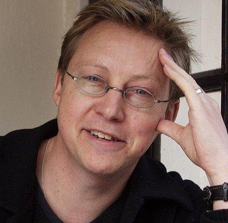 Simon-Mayo-BBC-radio-drivetime-presenter-broadcaster-speaker-host-at-Great-British-Speakers