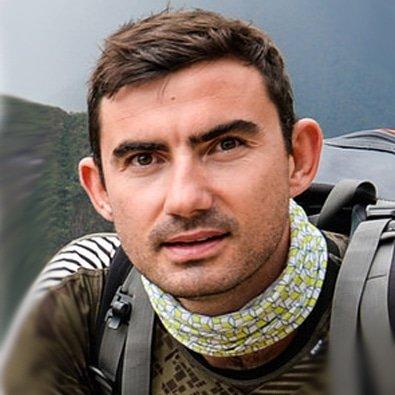 Simon-Parker-traveler-adventurer-at-Great-British-Speakers