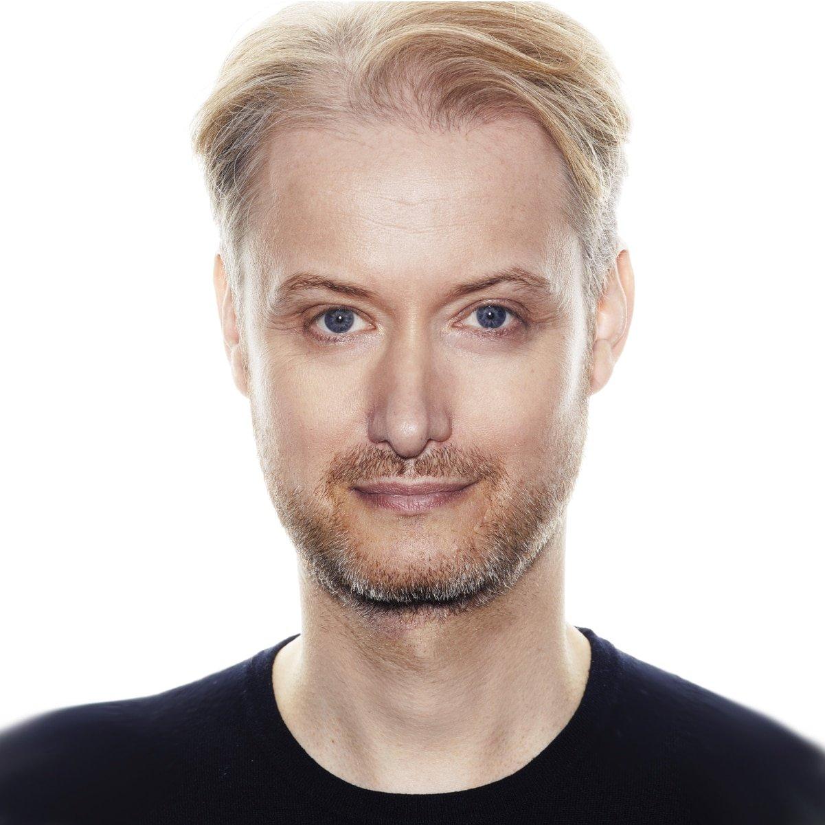 Stuart-Miles-former-Blue-Peter-award-winning-radio-TV-broadcaster-speaker-host-at-Great-British-Speakers