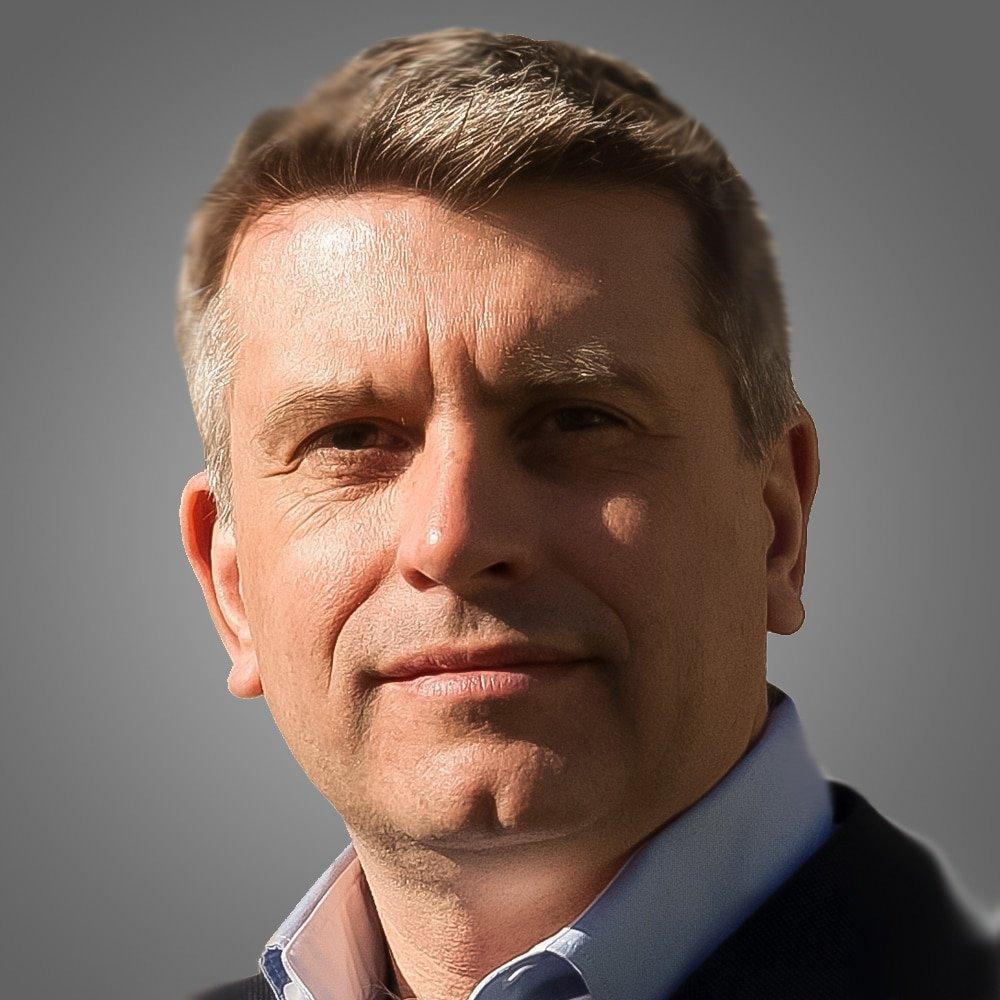 Toby-Desforges-consumer-shopper-marketing-speaker-consultant-at-Great-British-Speakers