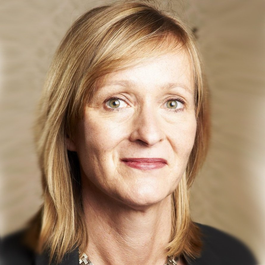 Tracey-Macleod-at-Great-British-Speakers