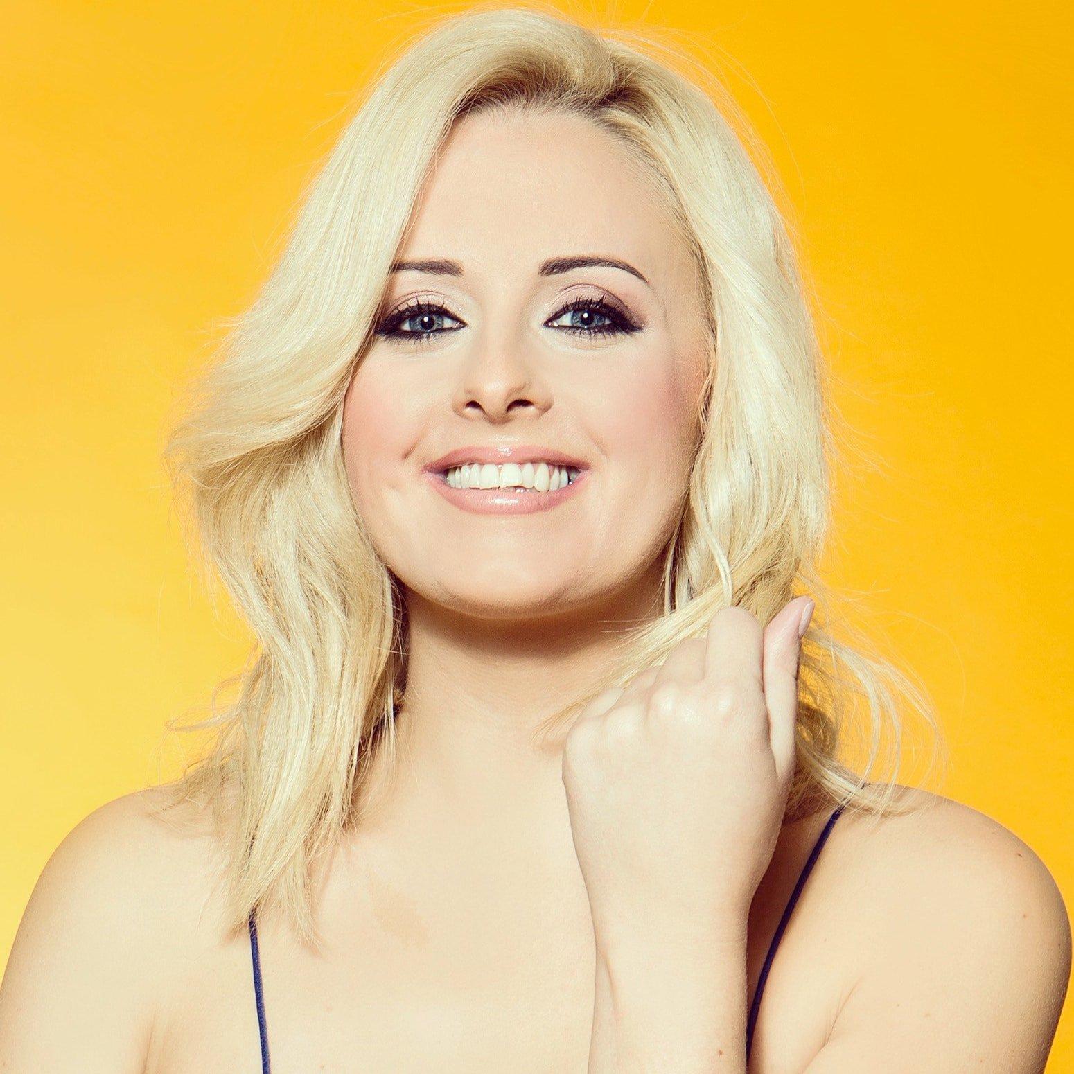 Katie-Thistleton-TV-Raio-CBBS-kids-presenter-host-at-Great-British-Speakers