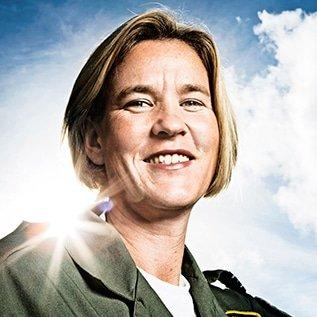 Mandy Hickson, Fighter Pilot, leadership Keynote Speaker at Great British Speakers