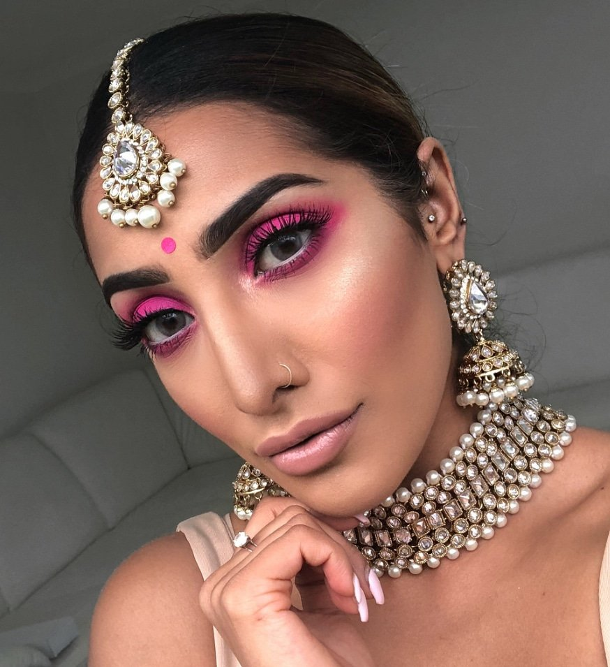 Anchal Seda instagram youtube influencer MUA make up artist at Great British Speakers