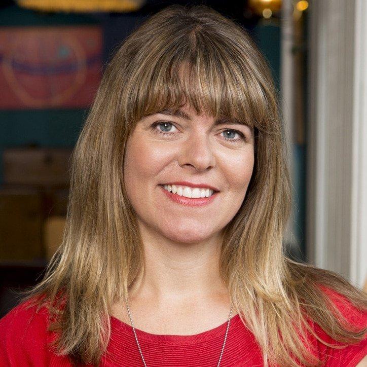 Claudia-Hammond academic psychologist speaker at Great British Speakers