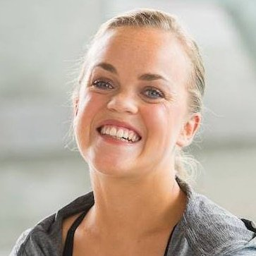 Ellie-Simmonds-OBE-5-time-Paralympic-Swimming-Champion-at-Great-British-Speakers