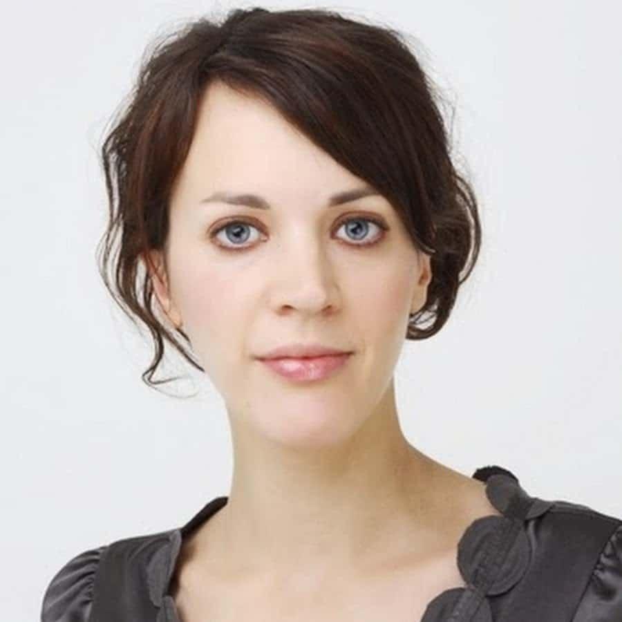 Francesca-Beauman-author-presenter-historian-at-Great-British-Speakers