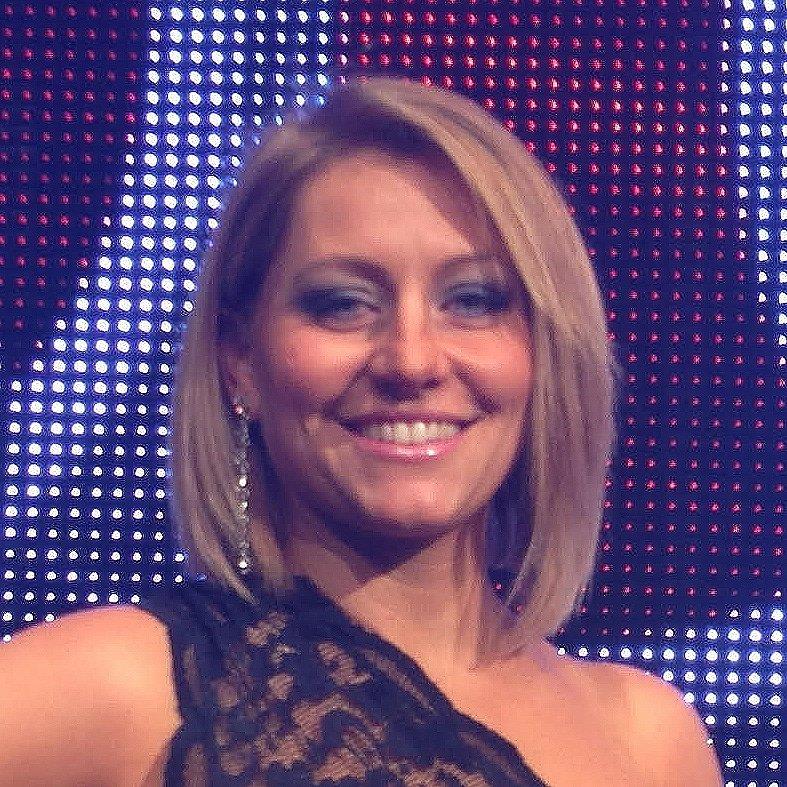 Gemma-Scott-English-French-Motoring-Automotive-Motorsport-TV-presenter-Events-host-at-Great-British-Speakers