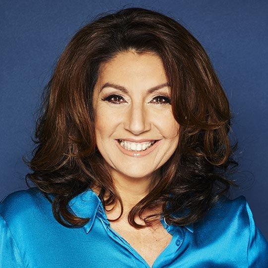 Jane-McDonald-Singer-Entertainer-Musician-TV-Star-presenter-host-speaker-at-Great-British-Speakers