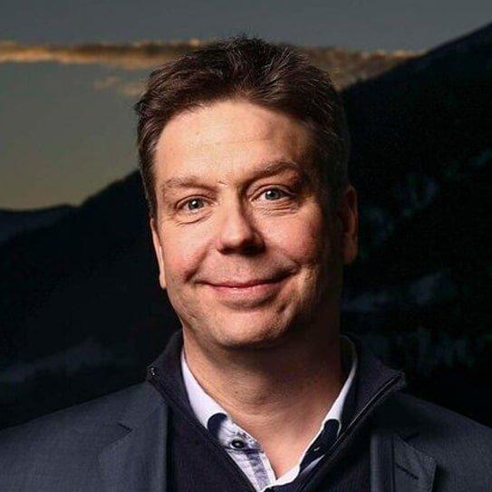 Ryan Chilcote English American Russian London broadcast Journalist at Great British Speakers