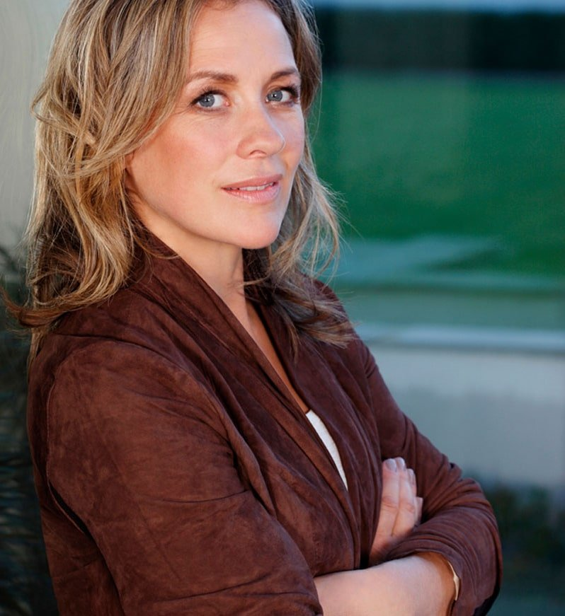 Sarah Beeny property entrepreneur developer presenter at Great British Speakers
