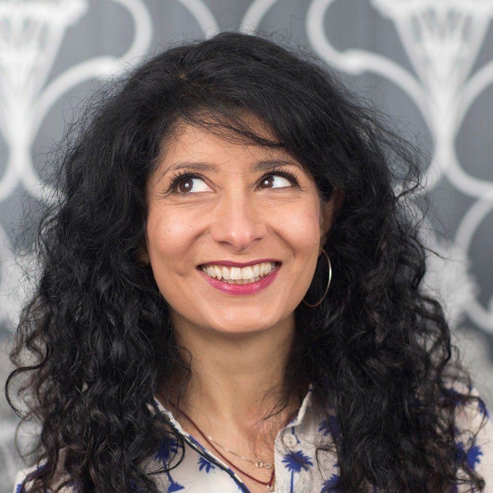 Shappi-Khorsandi-stand-up-comedian-corporate-host-book-at-Great-British-Speakers