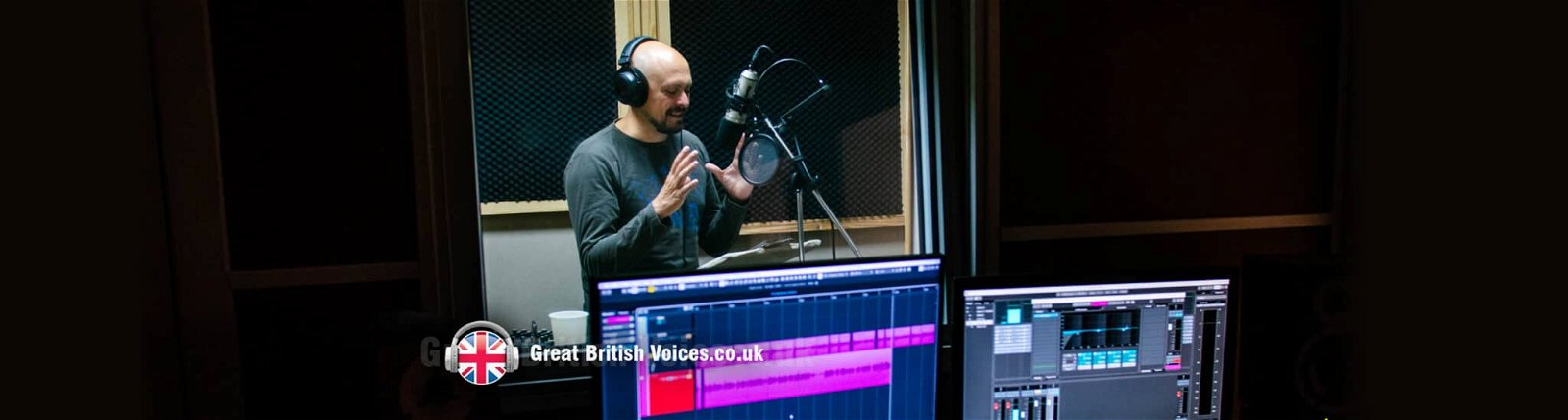 5 reasons to hire a professional voice over with studio at Great British Voices