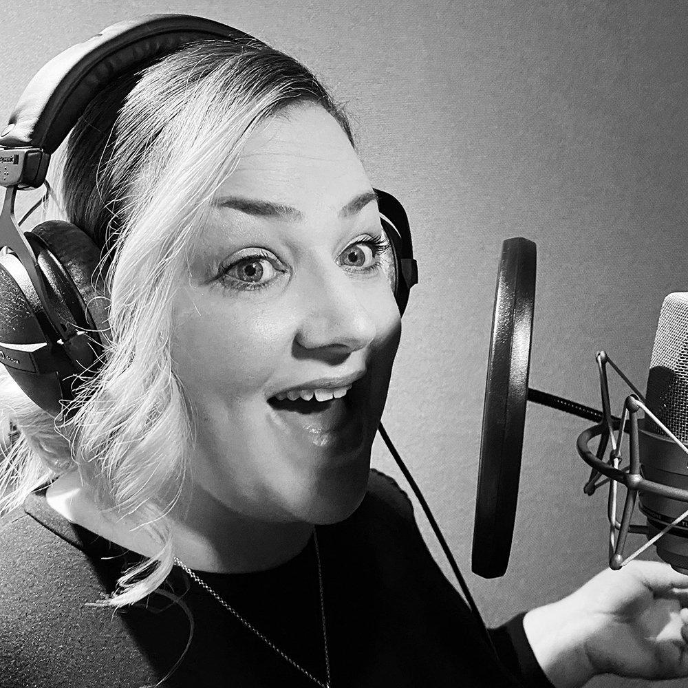 hire-welsh-voiceover-artist-nikki-great-british-voices